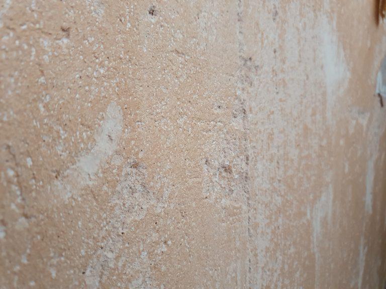 Repairing Lime Plaster Walls – Hiding The Cracks